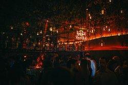 Martinez Club & Bar