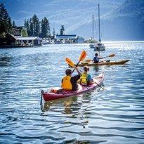 Kaslo Kayaking