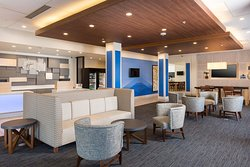Holiday Inn Express - Visalia