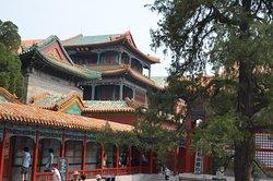 Lodge of Retirement (Juan'qin'zhai)