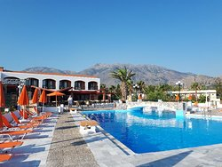 Kournas Village Beach Hotel