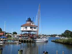Calvert Marine Museum and Drum Point Lighthouse