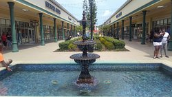 Tanger Outlets Savannah
