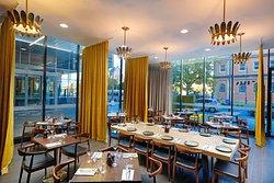 La Tierra Restaurant