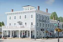 Cadillac House Tavern