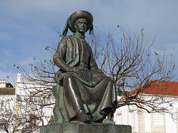 Statue of Infante Dom Henrique