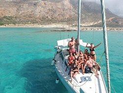 B-Crew Sailing