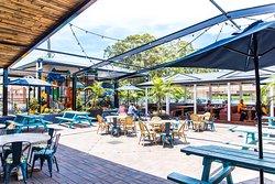 Toormina Hotel, Palms Bar & Dining