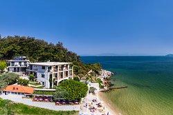 Nisteri Beach Hotel Villa