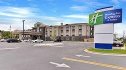Holiday Inn Express & Suites Ft Walton Bch - Hurlburt Area