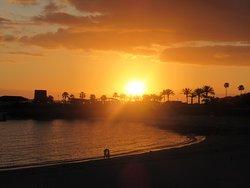 sunset on Amadores beach