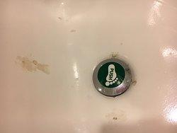 Badly marked bath