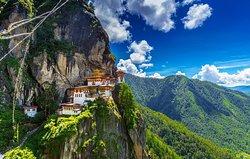 Tiger Nest - Taktshang the best spiritual place in Bhutan - www.bhutanbesttravel.com