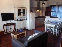 Salón-cocina del apartamento Requexón