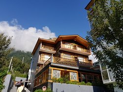 Awesome Property with great view and mesmerizing hospitality.