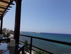 SEA VIEW AT DUSK