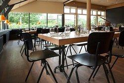 Grote zaal geschikt voor recepties, feesten, workshop, meetings