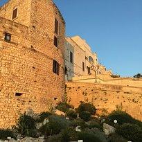 La cinta muraria della citta vecchia di Ostuni