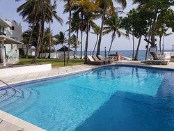 Coral Cay Beach Resort Villas