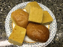 Carryout: Rolls and cornbread