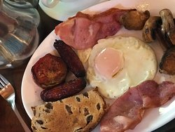 A Hearty Traditional Irish Breakfast at Lissyclearig Thatch Cottage