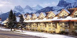 ‪Canmore Inn & Suites‬