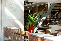 Stone Restaurant & Bar