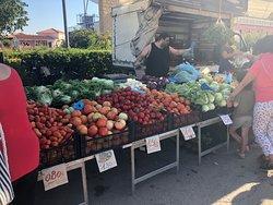 Mercato settimanale di Pula