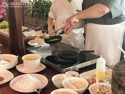 Cooking Class / Banh Xeo (Vietnamese pancake)