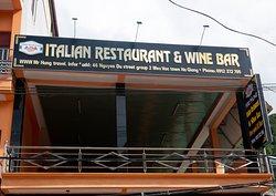 Mr. Hung Italian Restaurant & Wine Bar Meo Vac