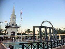 Kemer Cumhuriyet Meydanı