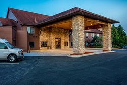 Riverview Inn and Suites