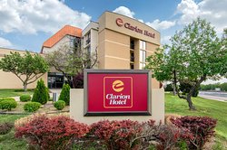 Clarion Hotel Kansas City - Overland Park