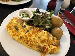 Tiny place with yummy omelette