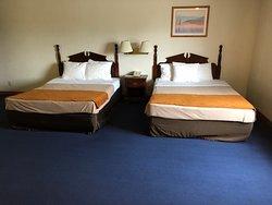 Denison Inn & Suites