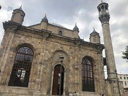 İplikçi Camii