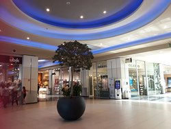 Puntadiferro Centro Commerciale
