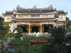 Phac Hat Pagoda