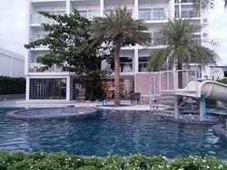 Worita Cove Hotel