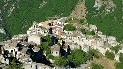 Il Vecchio Centro Storico di Romagnano al Monte