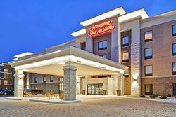 Hampton Inn & Suites Detroit/Warren