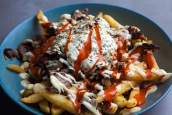 Greek topped chips
