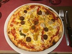 Pizza orientale : peu d'ingrédient et fade ....