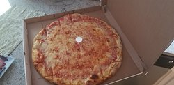 R C's Cape Cod Pizza