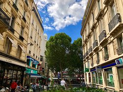 ‪6th Arrondissement‬