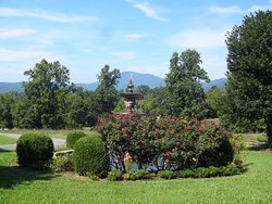 View from front of Inn toward the mountains.