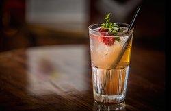 Savourez nos cocktails rafraîchissants !