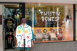 Twistin' Bones