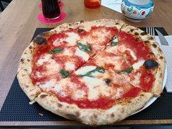 Napoli in Bocca Pizzeria Friggitoria
