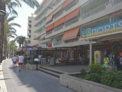 The Bell Tavern, Salou.
